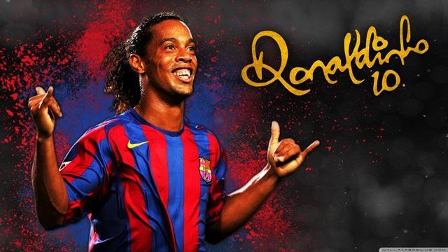 Ronaldinho - tiền đạo người Brazil
