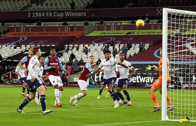 Bowen đưa West Ham một lần nữa dẫn trước chỉ 30 giây sau khi bắt đầu hiệp 2