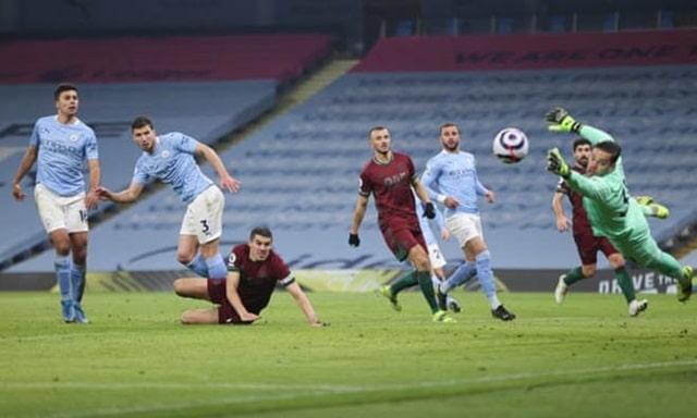 Nỗ lực của Coady giúp Wolves bất ngờ gỡ hòa ở giữa hiệp 2