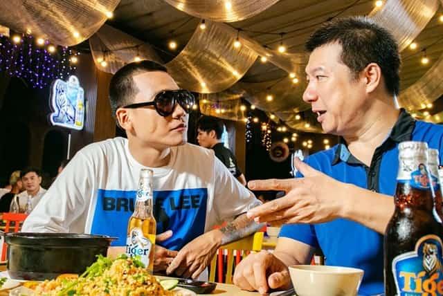 BLV Quang Huy cùng Wowy trong quảng cáo bia Tiger