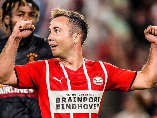 Gotze chơi thăng hoa ở trận đầu tiên của PSV trong mùa giải mới