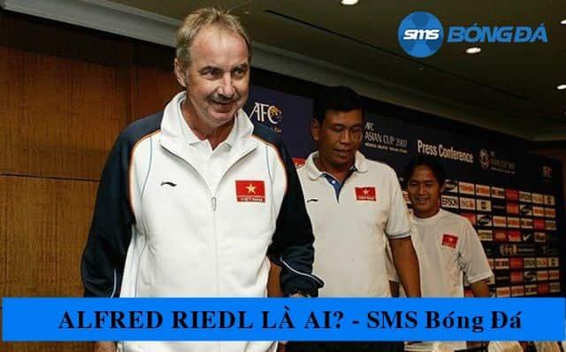 Alfred Riedl từng là cựu cầu thủ sở hữu chiếc giày đồng và danh hiệu vua phá lưới