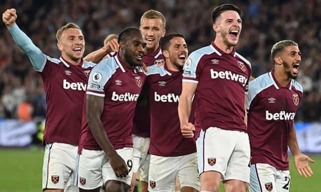 West Ham thắng tưng bừng