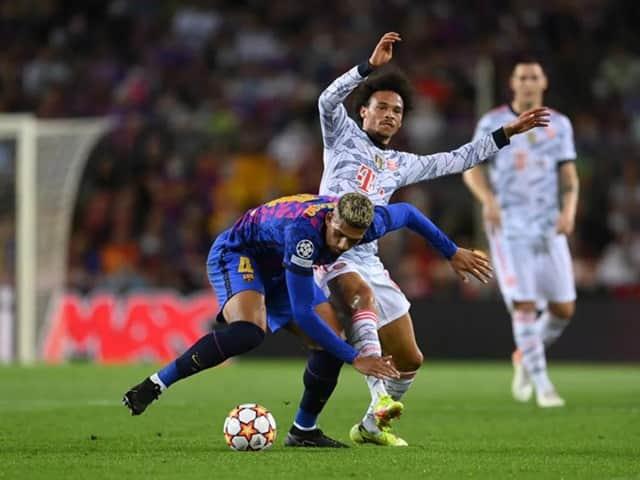 Barcelona thi đấu không quá lép vế trước Bayern Munich