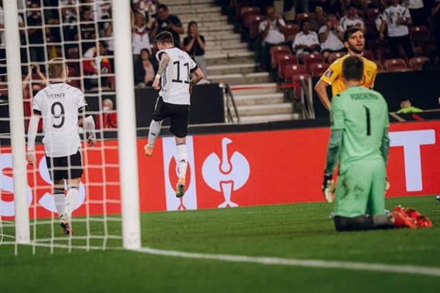 ĐT Đức làm tung lưới đối phương tới 4 lần chỉ trong 45 phút đầu tiên