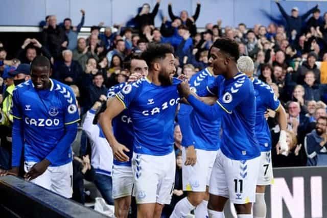 Everton bùng nổ trong vòng 6 phút ở hiệp 2 để quyết định trận đấu