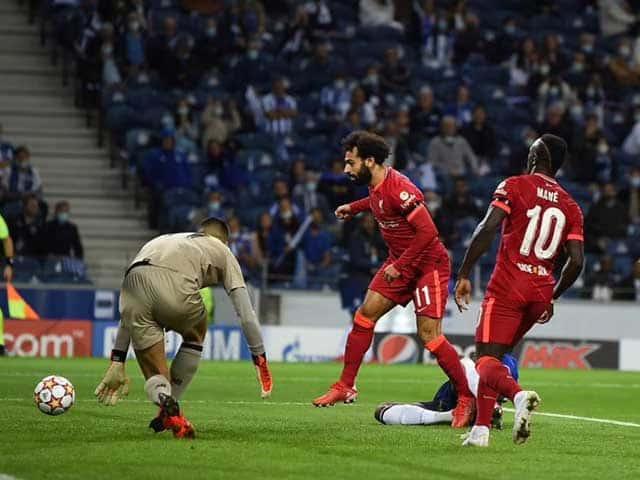 Pha mở tỉ số của Salah