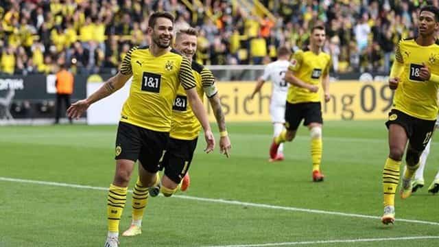 Dortmund thắng vừa đủ trong ngày Haaland vắng mặt