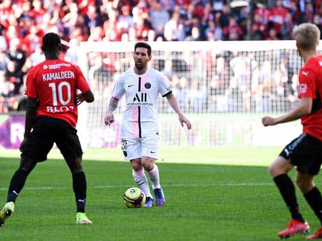 Messi chơi năng nổ